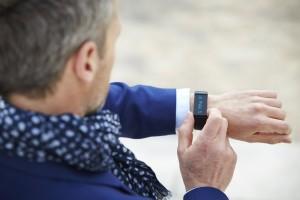 bracelet podomètre tracker d'activité